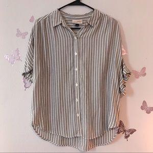 Universal Thread Slouchy button down shirt